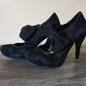 Gianni Bini Bow Heels